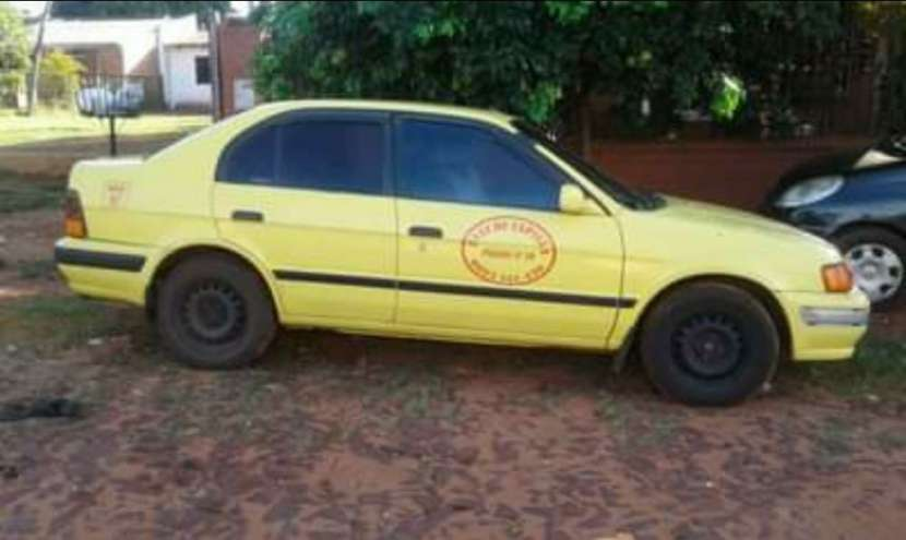 Parada de taxi en Capiatá con vehículo - 0